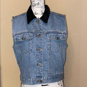 Bill Blass | Sleeveless Blue Jean Jacket